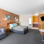 cathedral-inn-motel-bendigo-standard-queen-room
